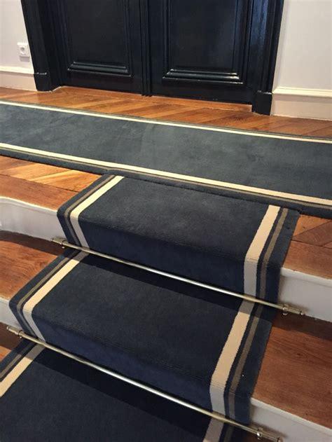 pose de moquette sur escalier 17 meilleures id 233 es 224 propos de tapis d escalier sur tapis tapis d escalier et