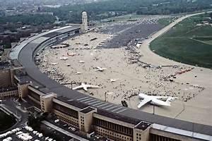 Aeroport De Berlin : a roport de berlin tempelhof wikiwand ~ Medecine-chirurgie-esthetiques.com Avis de Voitures