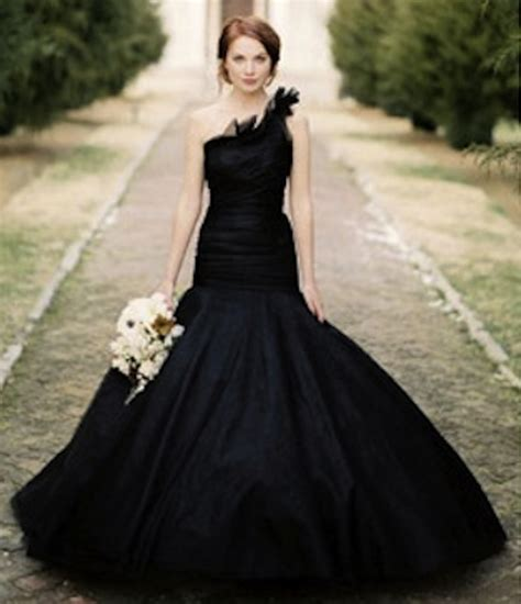 fresh  wedding dresses  colour