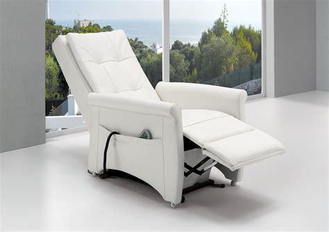 poltrone reclinabili manuali scegliere una poltrona relax reclinabile myhomestyle it