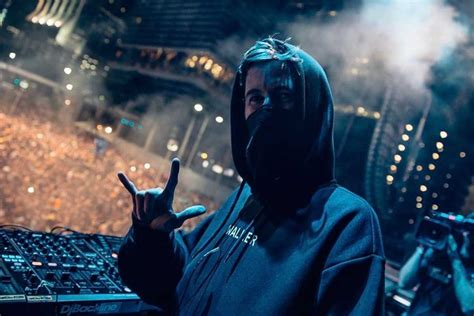 Alan Walker Returns With An Enchanting New Single 'this Is Me'