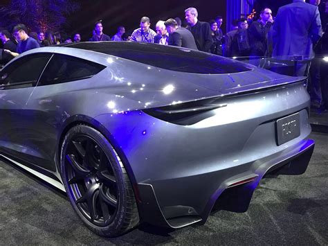 Elon Musk Unveils $200,000 Tesla Roadster, 1,000 Hp Semi