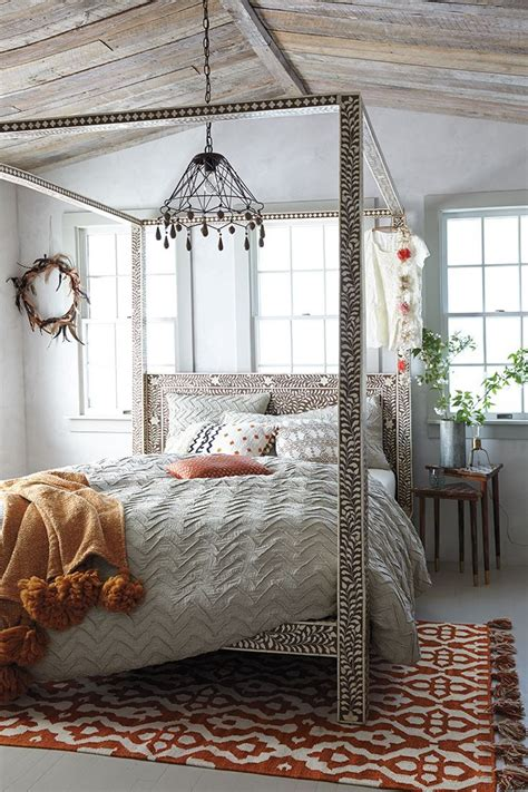 31 Bohemian Bedroom Ideas  Decoholic. Tiki Bar Ideas. Modern Medicine Cabinet. Kitchen Island Size. Vintage Lingerie Chest. Kitchen Booth Seating. Distressed Leather Club Chair. Create Your Own Wallpaper. Food Cabinet Pantry