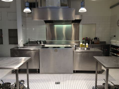 le chef cuisine prendre des cours de cuisine à londres avec l 39 atelier des