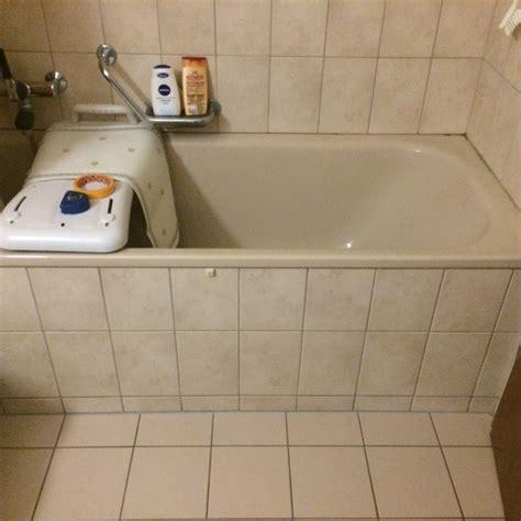 baignoire avec porte baignoire senior adapt 233 e pour handicap 233