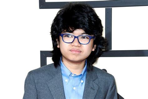 pemuda indonesia   mengukir prestasi