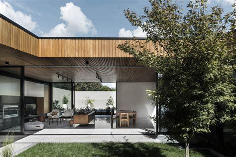 gallery  courtyard house figr architecture design