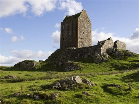 smailholm tower kelso historic buildings homes