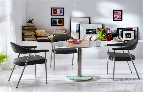 Pros And Cons Of Small Round Dining Tables For Small Spaces