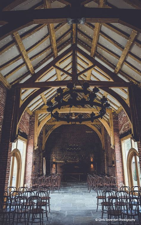 rustic barn wedding venue nottinghamshire hazel gap barn