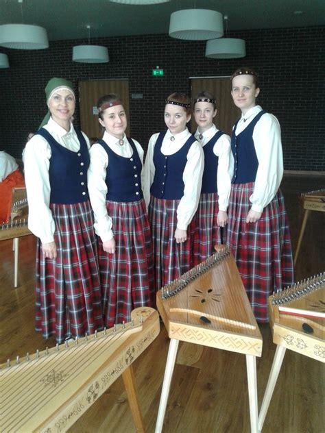 AKCMV Koklētāju ansamblis - ceļā uz Dziesmu svētkiem ...