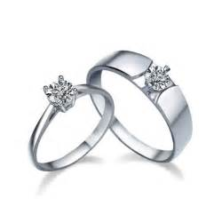 his and hers wedding rings sets his and matching cz wedding ring bands for couples