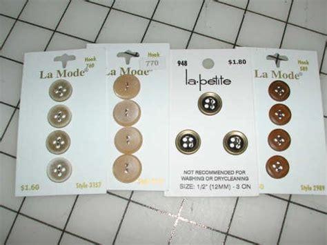 stitches  seams button button whos   button