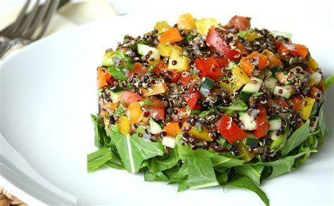 comment cuisiner sans gluten salade de quinoa tomates et concombres keïal le plaisir