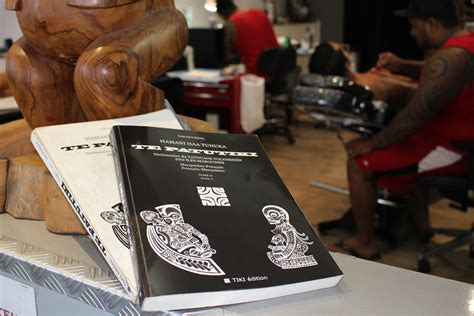 le tome ii du dictionnaire du tatouage des 238 les marquises est arriv 233