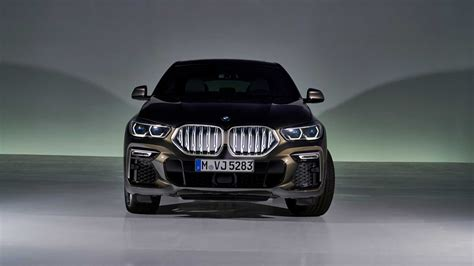bmw  officially revealed