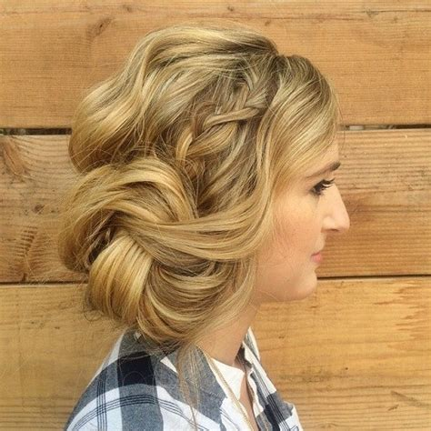 15 unique side bun hairstyles