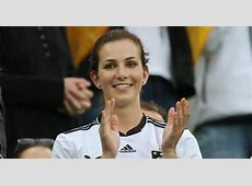 Lisa Mueller Photos Champions League WAGs Arsenal vs