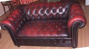 canape club cuir occasion maison design wibliacom With tapis de yoga avec canapé chesterfield 2 places occasion