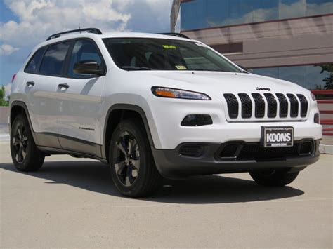 sport jeep cherokee 2017 jeep cherokee sport 2017 a true off roader suv with very