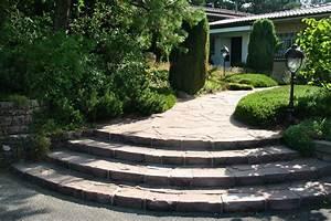 Treppen Im Garten : treppen wege strenger garten und landschaftsbau ~ A.2002-acura-tl-radio.info Haus und Dekorationen