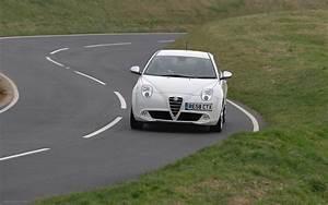 Alfa Romeo Mito 2018 : 2017 alfa romeo mito uk version car photos catalog 2018 ~ Medecine-chirurgie-esthetiques.com Avis de Voitures