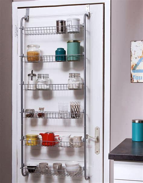 meuble cuisine studio amazing un rangement suspendu pour optimiser les portes