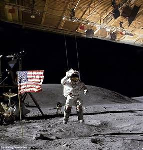 Moon Landing Hoax Pictures Gallery - Freaking News