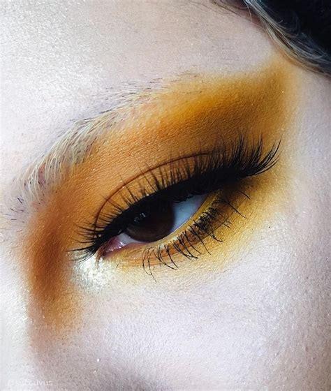 anna atsuccuvus  instagram mustard yellow eyeshadow