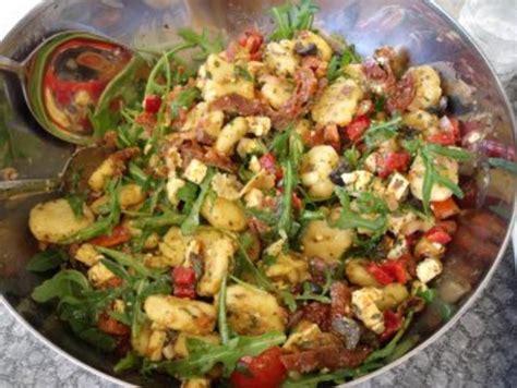 gnocchi salat rezept mit bild kochbarde
