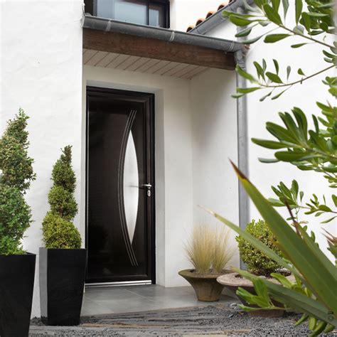 comment isoler une porte dentree