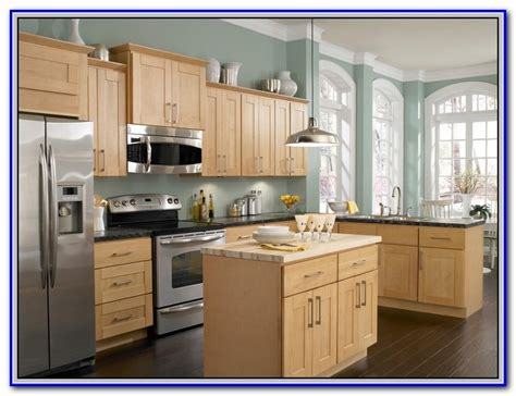 colors for painting kitchen cabinets paint colors for honey maple cabinets home design ideas 8266