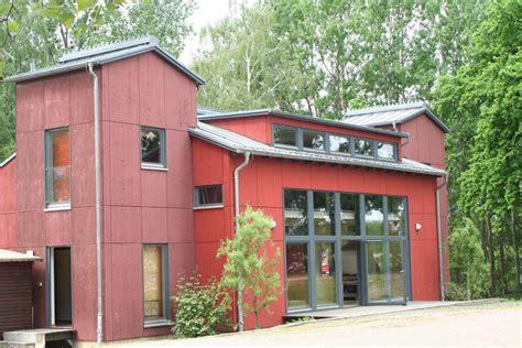 """""""rotes Haus"""" Wird Wieder Atelier Und Ausstellungssaal"""