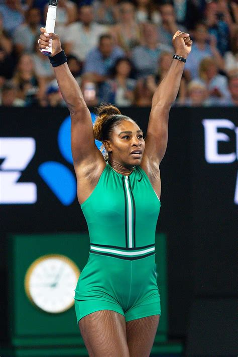 serena williams wins  womens quarterfinal