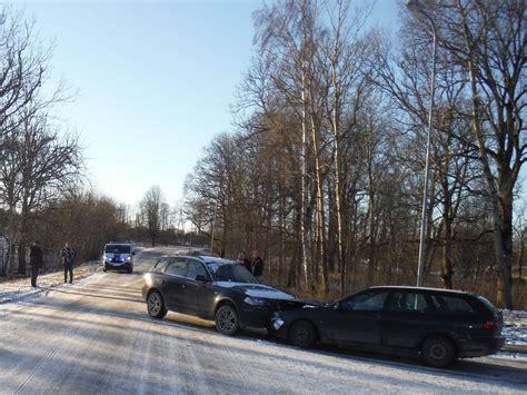 Divu auto sadursmē Durbē cietusi sieviete | liepajniekiem.lv