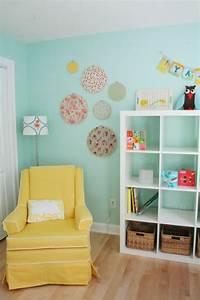 Sessel Für Kinderzimmer : wandfarbe t rkis 42 tolle bilder kinderzimmer ~ Frokenaadalensverden.com Haus und Dekorationen