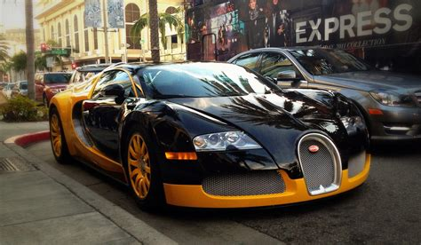 Yellow And Black Bugatti Veyron On Rodeo Drive In Beverly