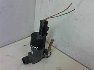 Pompe Lave Glace Megane 1 Phase 2 : bras essuie glace avant gauche renault megane ii coupe phase 1 essence ~ Gottalentnigeria.com Avis de Voitures