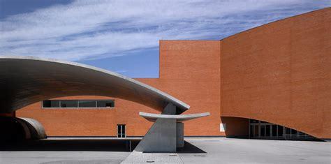 alvaro siza vieira – sports centre, gondomar, portugal ...