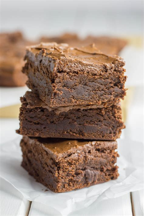 Ps, rivers uses coffee in her frosting, just use not very strong leftover coffee instead of the water. Double Chocolate Chewy Brownies in 2019 | Chewy brownies ...