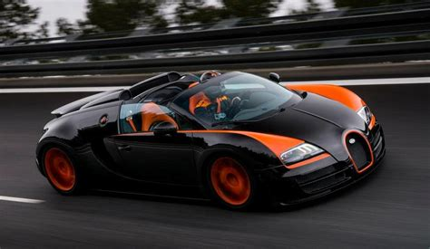 Every element of the chiron is a combination of reminiscence to its history and the most innovative technology. Bugatti Veyron Vitesse WRC: sem-teto a 400 km/h