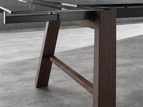 Tisch Holz Glas by Ausziehbarer Tisch Aus Glas Mit Beinen Aus Holz