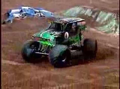 grave digger monster truck youtube monster jam grave digger monster truck freestyle in