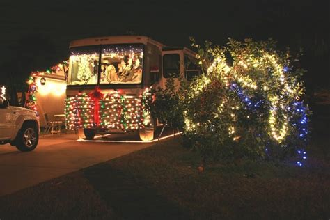 images  christmas rvs campers  pinterest
