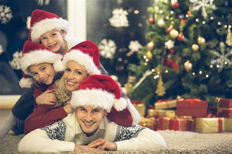family christmas ideas 16 family christmas card photo ideas that will wow your relatives photos that will be remembered