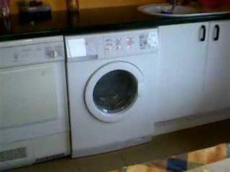 Waschmaschine Tanzt Beim Schleudern by Waschmaschine Schleudert Tanzt Und Springt Falsch Bel