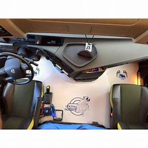 Capot Moteur : capot moteur adaptable pour volvo gamme tvs avec broderie ~ Gottalentnigeria.com Avis de Voitures
