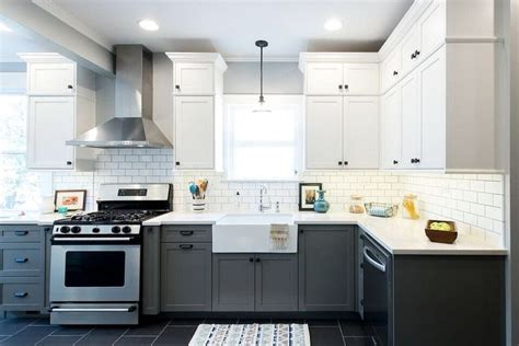 countertops for kitchen cabinets best 25 vintage modern kitchens ideas on 5935