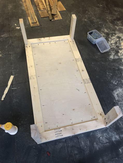 diy barn wood cart coffee table    plans