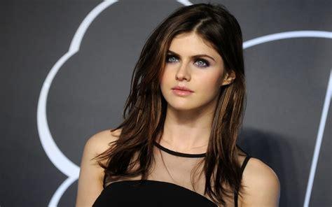 top   beautiful women   world